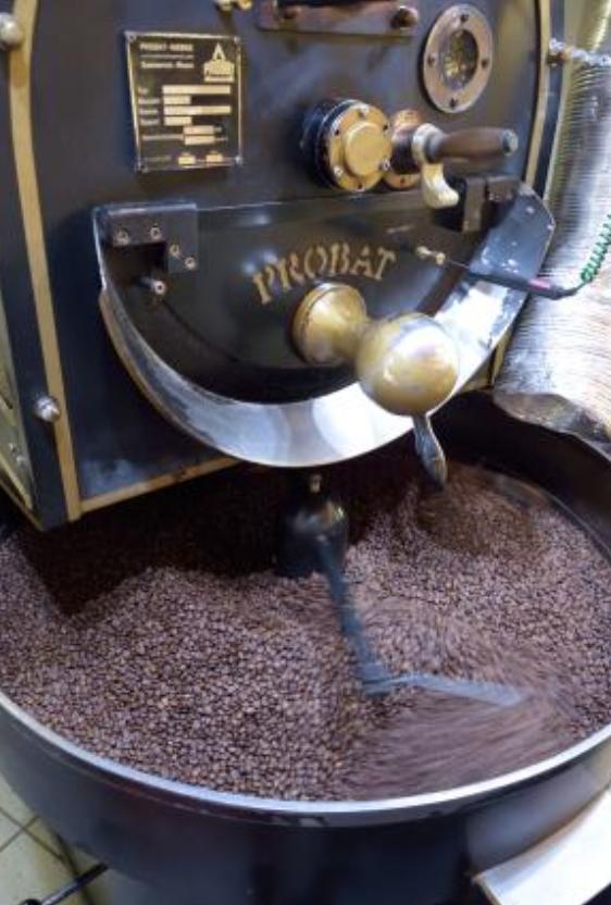 Onze koffiebonen worden geroosterd volgens de slow roast methode
